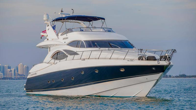 FL Luxury Yacht Vessel